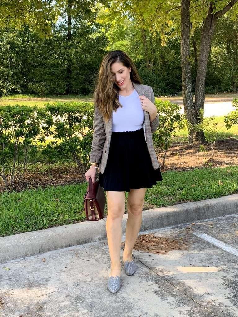 Houston fashion blogger Maria Munoz showing blazers for women