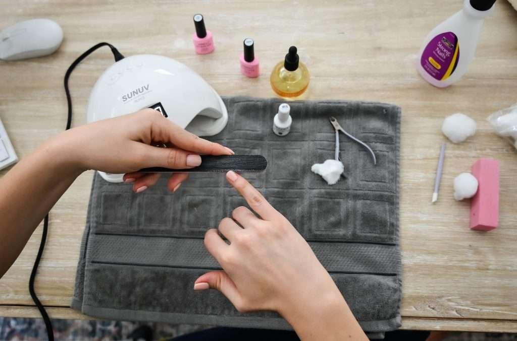 nail filing