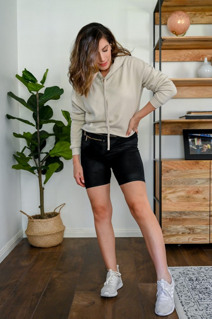 Houston style blogger Maria Munoz of Bella Style Living shares how to style biker shorts in the fall