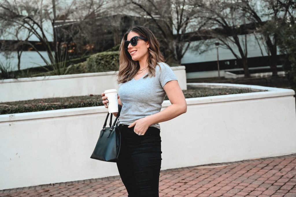 Houston lifestyle bloggers in Mott & Bow jeans