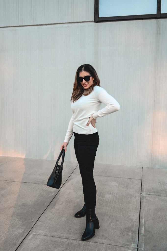 Houston style blogger shares review on Mott and Bow high rise skinny jeans