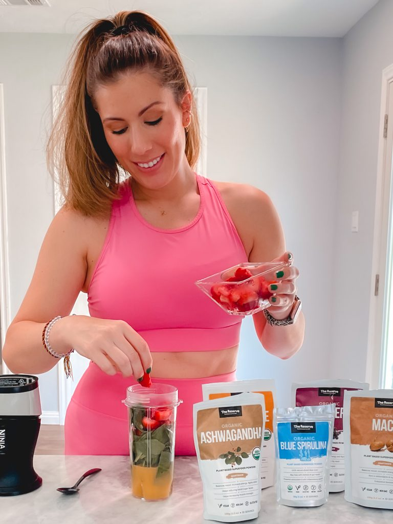 Houston blogger Maria Munoz sharing From the Reserve superfoods powders