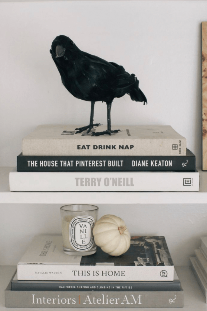Hallween home decor scare crow